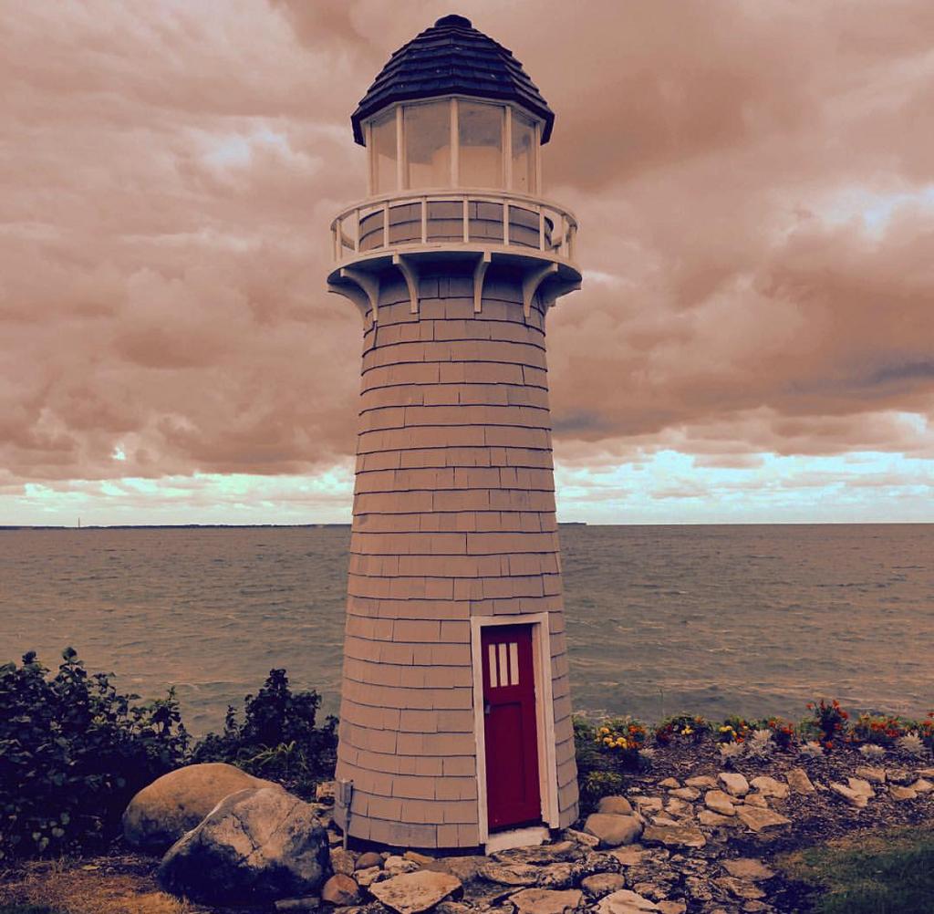 Lighthouse on Kelly's Island - Cedar Point and Sandusky OH