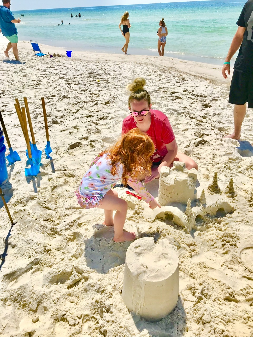 Learning to build sand castles