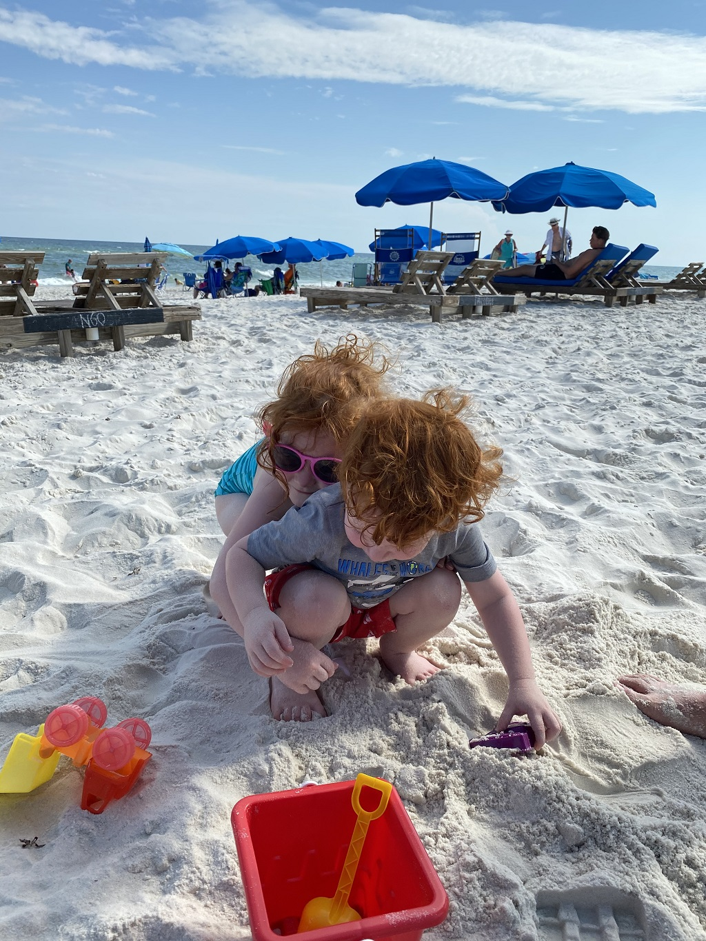 Babies playing on Alabama beaches